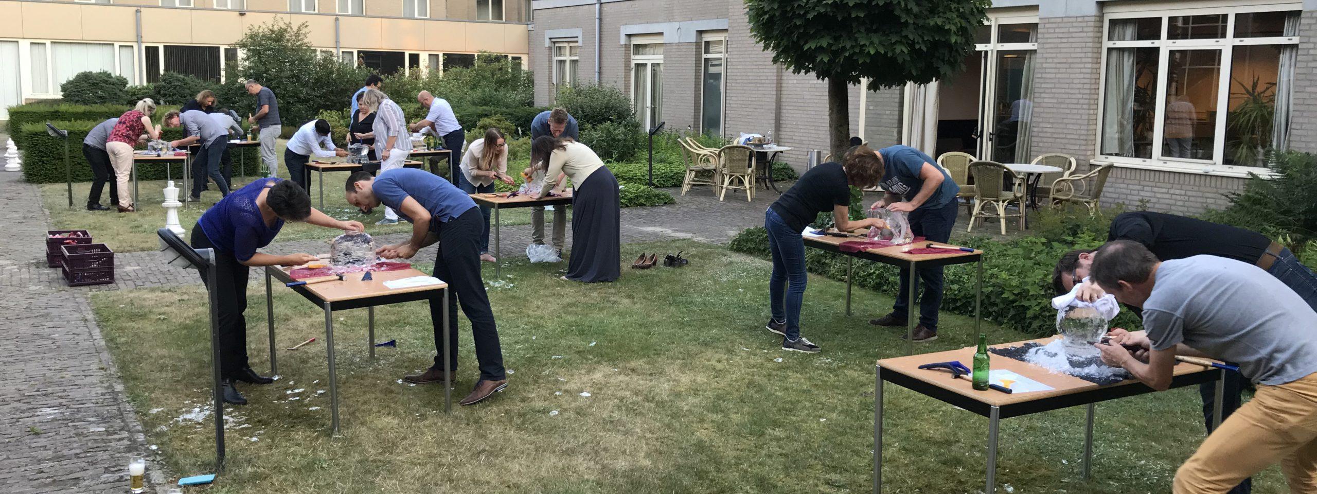 eindhoven-bedrijfsuitje-ijssculpturen-workshop