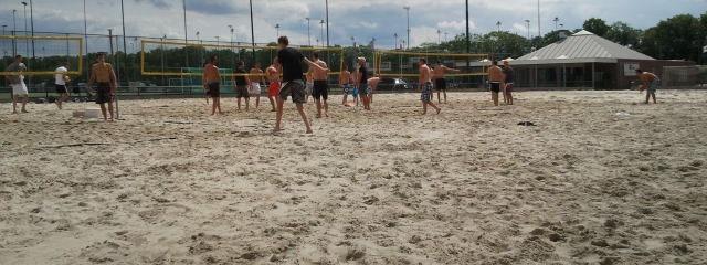 eindhoven-bedrijfsuitje-strand-spel